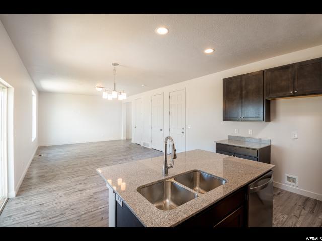 Additional photo for property listing at 13019 S SUMMERDALE Drive 13019 S SUMMERDALE Drive Unit: 10 Herriman, Юта 84096 Соединенные Штаты