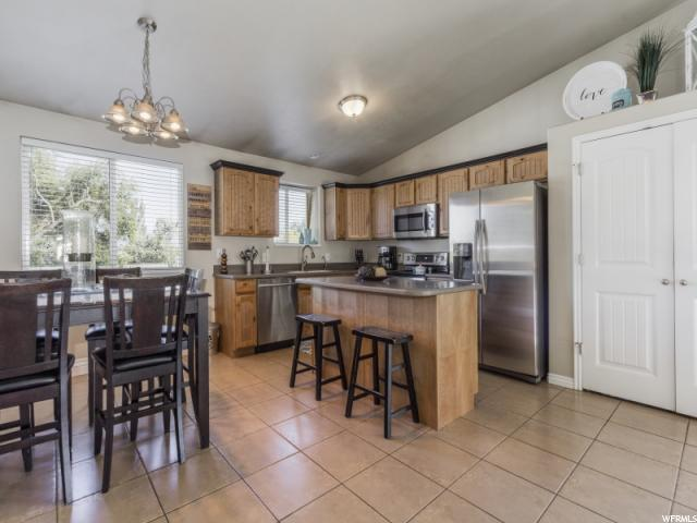 Additional photo for property listing at 2969 S MELANIE ANN Court 2969 S MELANIE ANN Court Magna, Utah 84044 États-Unis
