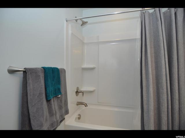 Additional photo for property listing at 10547 S SPLIT ROCK Drive 10547 S SPLIT ROCK Drive South Jordan, Utah 84009 États-Unis