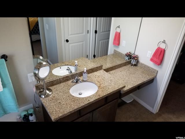 Additional photo for property listing at 4676 W 5925 S 4676 W 5925 S Hooper, Юта 84315 Соединенные Штаты