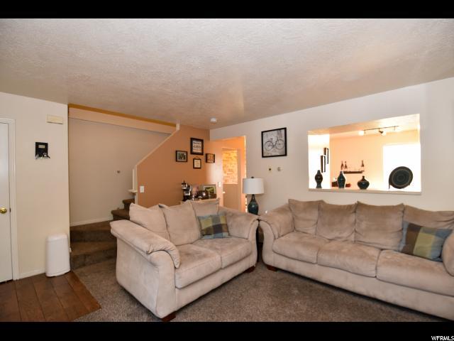 5667 W GLEN LIVET CT West Valley City, UT 84128 - MLS #: 1487555