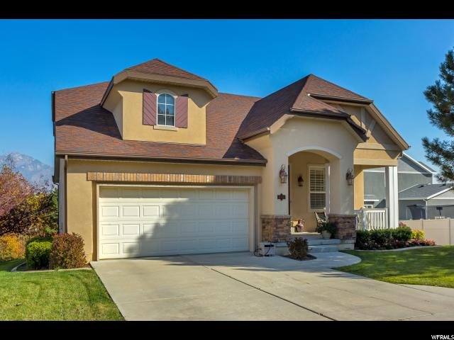 Один семья для того Продажа на 9331 S AVIGNON Place 9331 S AVIGNON Place West Jordan, Юта 84088 Соединенные Штаты