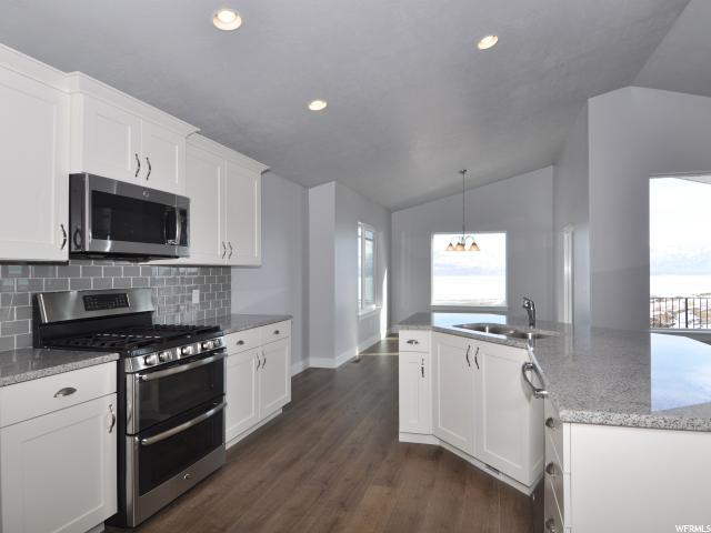 665 W LEROY CIR` Saratoga Springs, UT 84045 - MLS #: 1487642