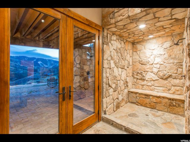 Additional photo for property listing at 11362 N SNOWTOP Road 11362 N SNOWTOP Road Park City, Utah 84060 Estados Unidos