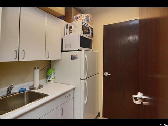 5327 S ADAMS Unit C Washington Terrace, UT 84405 - MLS #: 1487785