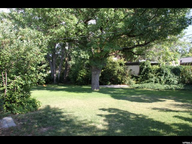 Additional photo for property listing at 2135 W 4100 S 2135 W 4100 S Taylorsville, 犹他州 84119 美国