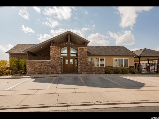 Additional photo for property listing at 4656 W GREENSAND Drive 4656 W GREENSAND Drive West Jordan, Utah 84084 Estados Unidos