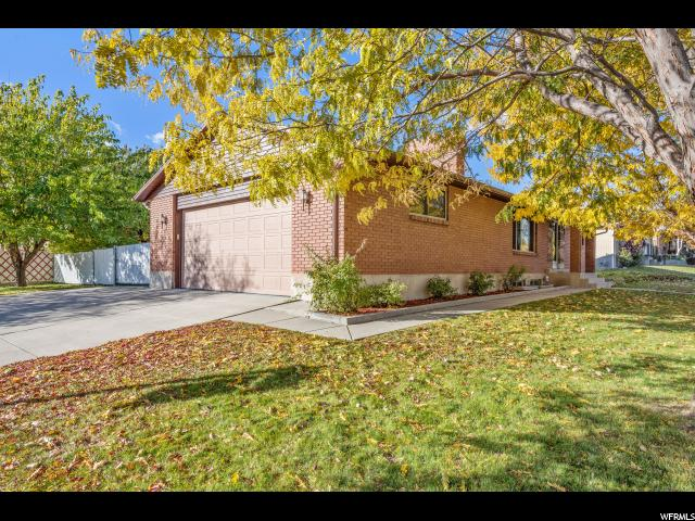 Single Family for Sale at 2953 W CARRANZA Drive 2953 W CARRANZA Drive Taylorsville, Utah 84129 United States