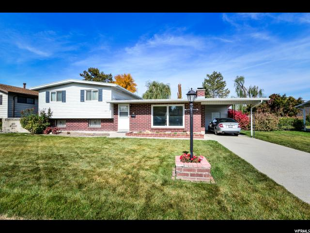 Single Family للـ Sale في 2054 W CONDIE Drive 2054 W CONDIE Drive Taylorsville, Utah 84129 United States