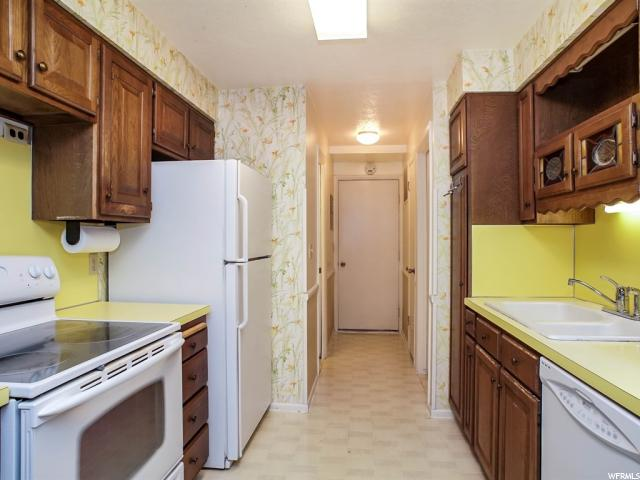 Additional photo for property listing at 230 W PARK Lane 230 W PARK Lane Unit: 115 Centerville, Utah 84014 États-Unis