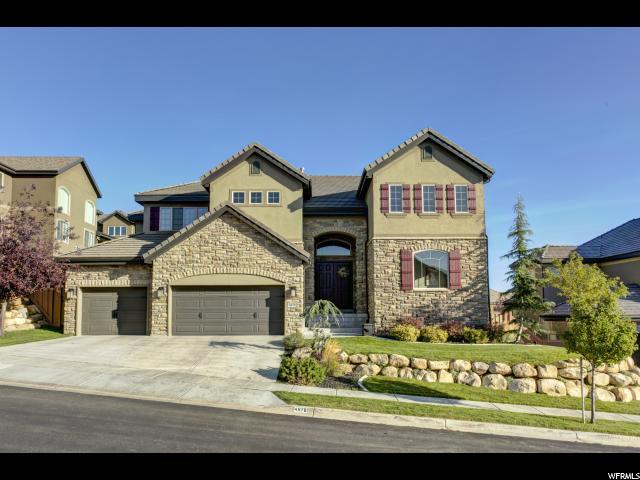 Unique la famille pour l Vente à 4978 N SHADOW WOOD Drive 4978 N SHADOW WOOD Drive Lehi, Utah 84043 États-Unis