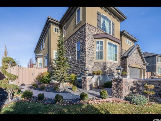 Unique la famille pour l Vente à 4719 N DRIFTWOOD Drive 4719 N DRIFTWOOD Drive Lehi, Utah 84043 États-Unis
