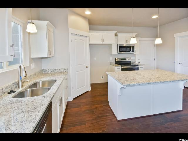 3828 E CUNNINGHILL DR Eagle Mountain, UT 84005 - MLS #: 1488344