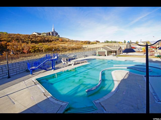 Additional photo for property listing at 2018 E STONELEIGH Drive 2018 E STONELEIGH Drive Draper, Utah 84020 États-Unis
