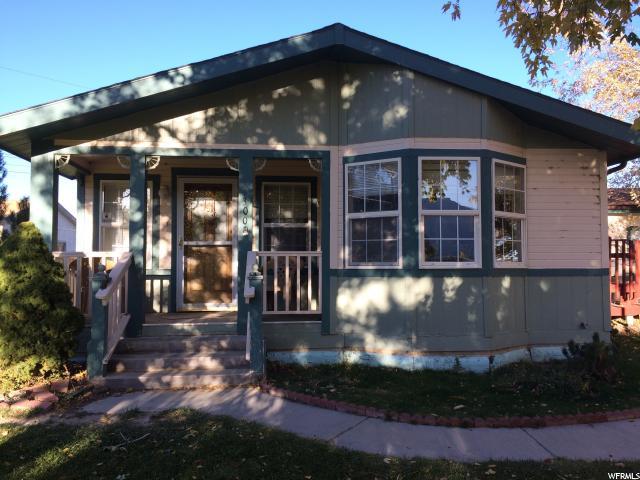 单亲家庭 为 销售 在 300 N 800 W 300 N 800 W Ferron, 犹他州 84523 美国