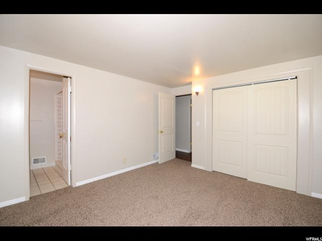 860 N MAPLEWOOD CIR Layton, UT 84041 - MLS #: 1488700
