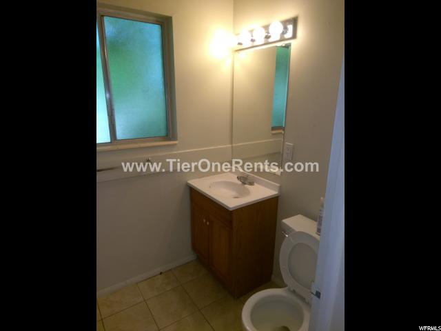 Additional photo for property listing at 1872 S 200 E Street 1872 S 200 E Street Unit: 8 盐湖城市, 犹他州 84115 美国