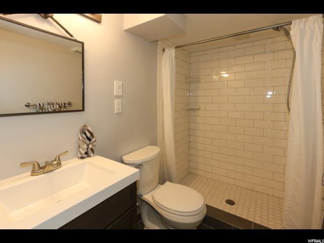 Additional photo for property listing at 2830 S 1100 E 2830 S 1100 E Salt Lake City, Utah 84106 Estados Unidos