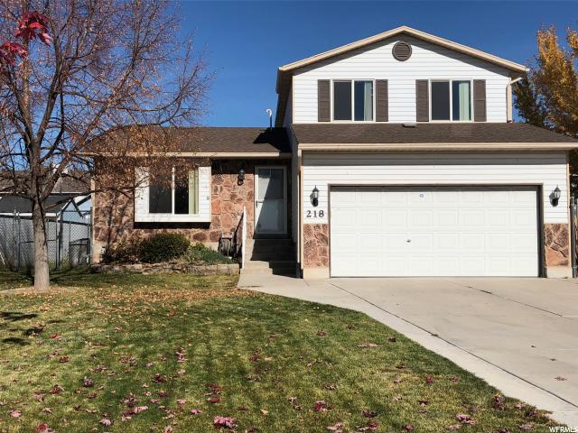 Single Family للـ Sale في 218 W 1600 N 218 W 1600 N Layton, Utah 84041 United States