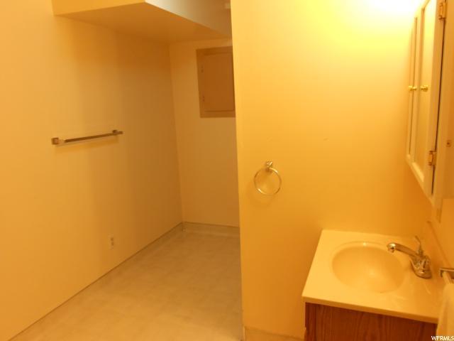 Additional photo for property listing at 9360 S ALVEY Lane 9360 S ALVEY Lane Sandy, Юта 84093 Соединенные Штаты