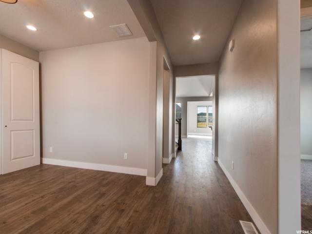 Additional photo for property listing at 236 E IRONWOOD Drive 236 E IRONWOOD Drive Unit: 9 Saratoga Springs, 犹他州 84045 美国