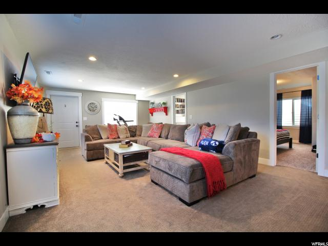 Additional photo for property listing at 348 W BRIDLE Circle 348 W BRIDLE Circle Saratoga Springs, 犹他州 84045 美国