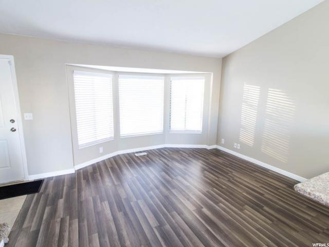 Additional photo for property listing at 6085 S PARK WOOD Drive 6085 S PARK WOOD Drive Kearns, Utah 84118 United States