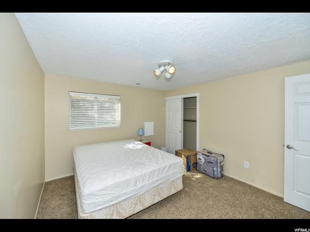 5933 S JONQUIL DR Taylorsville, UT 84129 - MLS #: 1489132