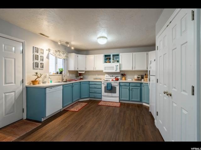 Maison accolée pour l Vente à 205 N GENEVA Road 205 N GENEVA Road Unit: 11 Provo, Utah 84601 États-Unis