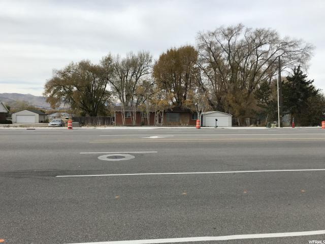 商用 为 销售 在 13906 S REDWOOD Road 13906 S REDWOOD Road Bluffdale, 犹他州 84065 美国