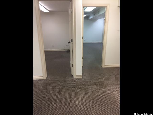 Additional photo for property listing at 12569 S 2700 W 12569 S 2700 W Unit: B102 Riverton, Utah 84065 Estados Unidos