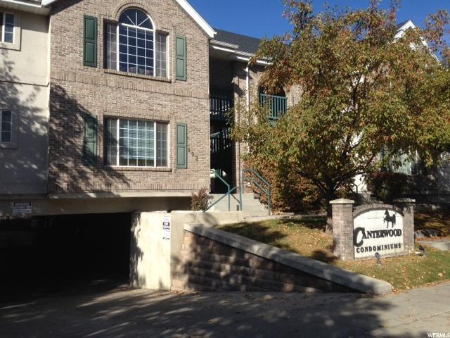 Condominio por un Venta en 935 N UNIVERSITY Avenue 935 N UNIVERSITY Avenue Unit: 15 Provo, Utah 84604 Estados Unidos
