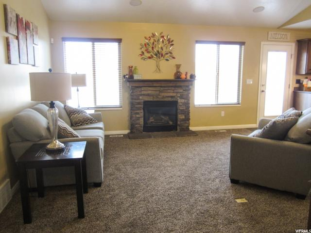 Additional photo for property listing at 2658 W 2025 N 2658 W 2025 N Clinton, Utah 84015 United States