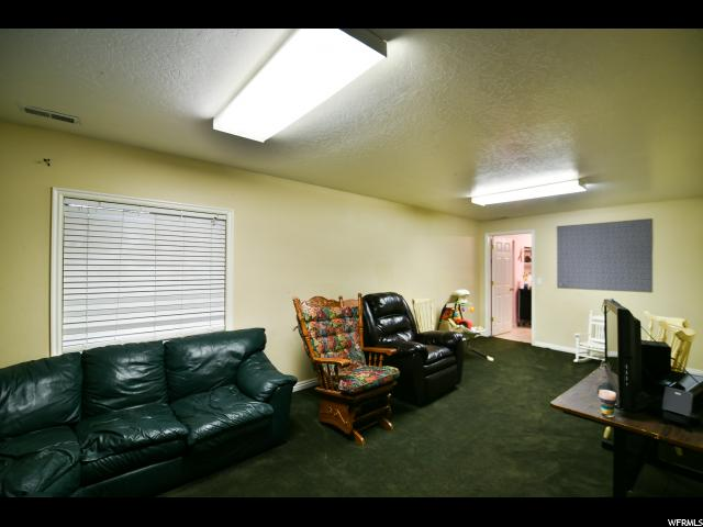 Additional photo for property listing at 314 N 600 E 314 N 600 E Heber City, Utah 84032 États-Unis