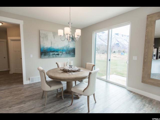 Additional photo for property listing at 580 W OLYMPIC Lane 580 W OLYMPIC Lane Unit: 16 Elk Ridge, Utah 84651 United States