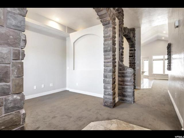 Additional photo for property listing at 5863 W ROUND ROCK Drive 5863 W ROUND ROCK Drive Herriman, Юта 84096 Соединенные Штаты