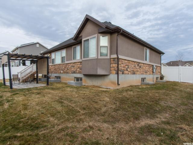 Additional photo for property listing at 1098 S 1875 W 1098 S 1875 W Syracuse, Utah 84075 United States