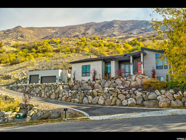 Unique la famille pour l Vente à 39 S SUNSET Drive 39 S SUNSET Drive Farmington, Utah 84025 États-Unis