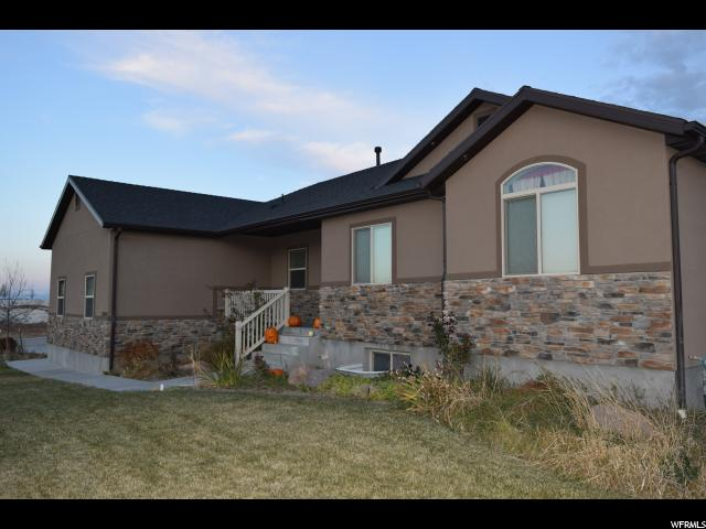 Single Family للـ Sale في 13690 N HIGHLANDER Circle 13690 N HIGHLANDER Circle Collinston, Utah 84306 United States