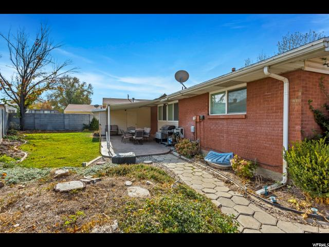 Additional photo for property listing at 2224 N 700 W 2224 N 700 W Clinton, Юта 84015 Соединенные Штаты