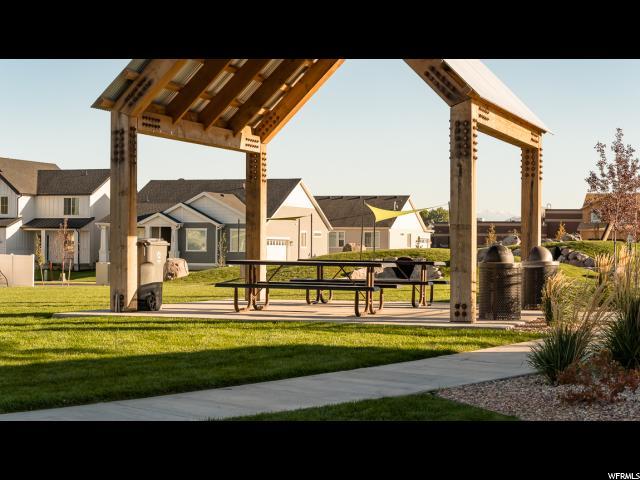 Additional photo for property listing at 487 S CHURCH Drive 487 S CHURCH Drive Unit: 280 Saratoga Springs, Utah 84045 Estados Unidos