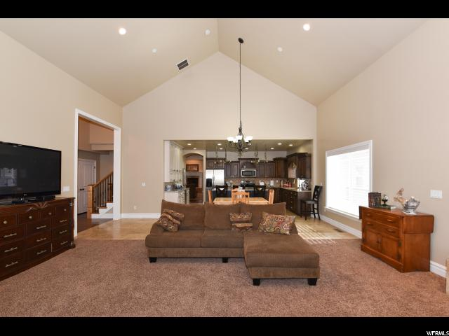 915 FREMONT RD Bountiful, UT 84010 - MLS #: 1489775