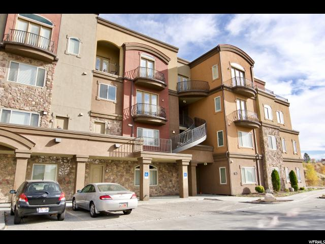 Condominio por un Venta en 5176 N UNIVERSITY Avenue 5176 N UNIVERSITY Avenue Unit: 217 Provo, Utah 84604 Estados Unidos