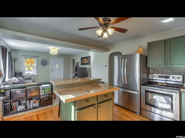 Additional photo for property listing at 596 N 800 W 596 N 800 W Provo, Utah 84601 États-Unis