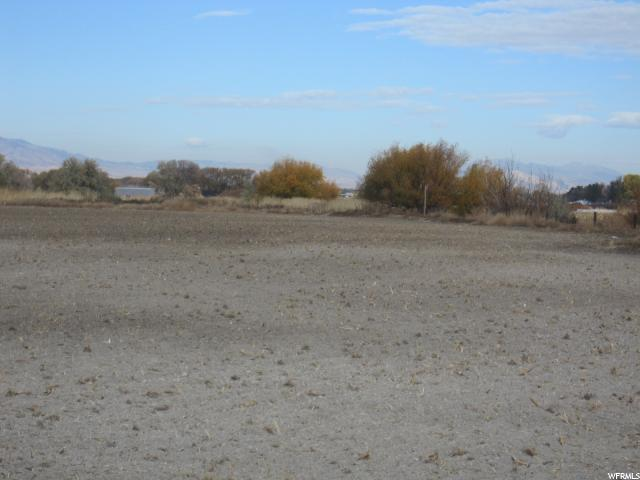 Additional photo for property listing at 1100 W 4400 S 1100 W 4400 S Hyrum, 犹他州 84319 美国