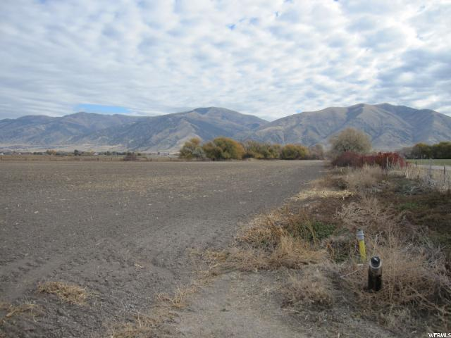 Additional photo for property listing at 1100 W 4400 S 1100 W 4400 S Hyrum, Utah 84319 Estados Unidos