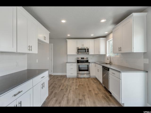 Single Family for Sale at 5210 S HUNTINGTON Road 5210 S HUNTINGTON Road Taylorsville, Utah 84118 United States