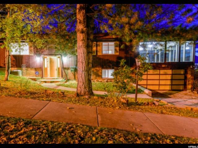 单亲家庭 为 销售 在 1096 E EASTRIDGE Road 1096 E EASTRIDGE Road 桑迪, 犹他州 84094 美国