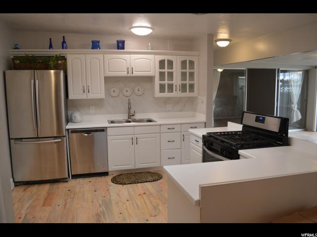 Additional photo for property listing at 3641 S 860 E 3641 S 860 E Unit: 36 Millcreek, Utah 84106 United States