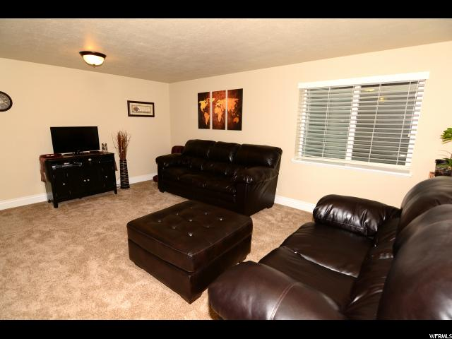 Additional photo for property listing at 735 S 70 E 735 S 70 E Smithfield, 犹他州 84335 美国